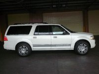 Picture of 2007 Lincoln Navigator Luxury 4WD, exterior, gallery_worthy