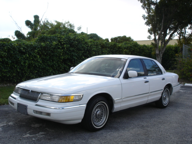 1994_mercury_grand_marquis_4_dr_ls_sedan