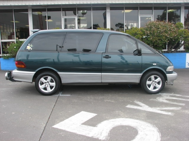 Picture of 1993 Toyota Previa