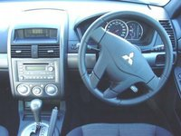 Picture of 2006 Mitsubishi 380, interior