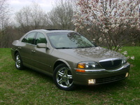 2001 Lincoln LS Overview