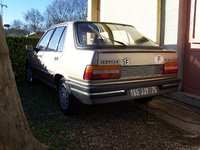 1986 Peugeot 309 Overview