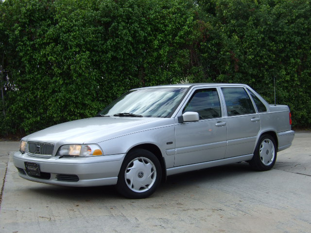 Picture of 1999 Volvo S70