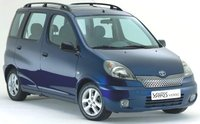 2000 Toyota Yaris Verso Overview
