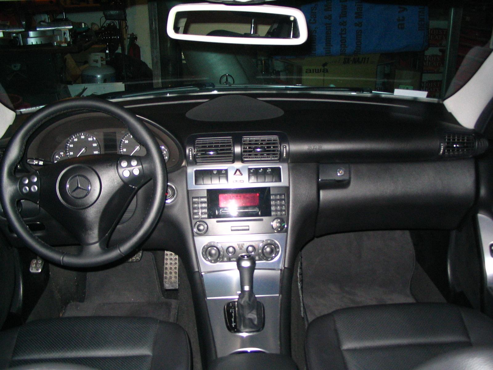 2005 Mercedes-benz C-class - Interior Pictures