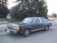 1990 Ford LTD Crown Victoria Overview