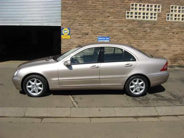Mercedes c class 2002 the image kid has it for 2002 mercedes benz c class
