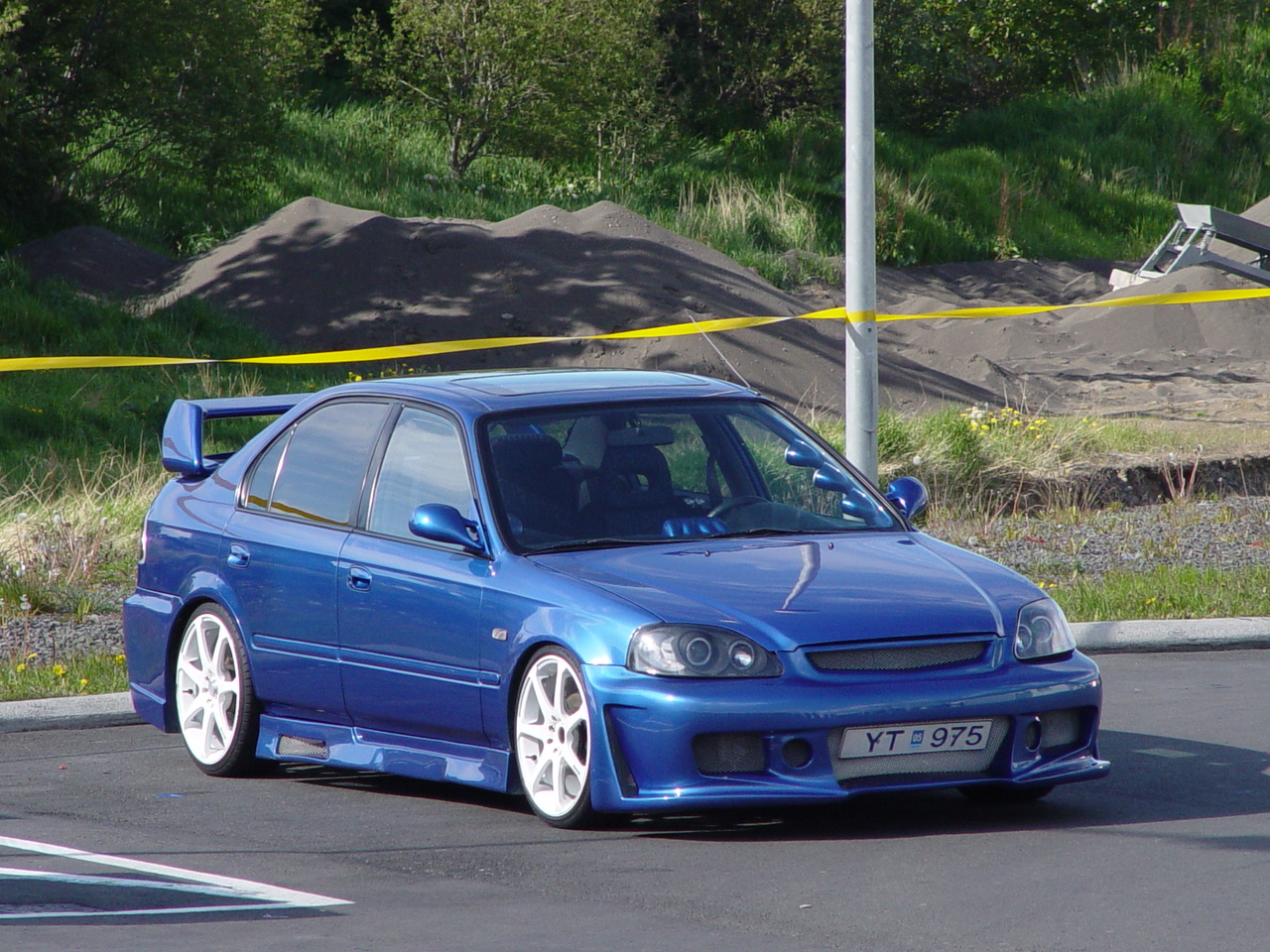 1999 honda civic sedan engine compartment  1999  free