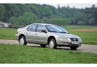 1997 Dodge Stratus Overview