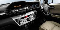 2009 Honda FR-V, Interior Front View, interior, manufacturer