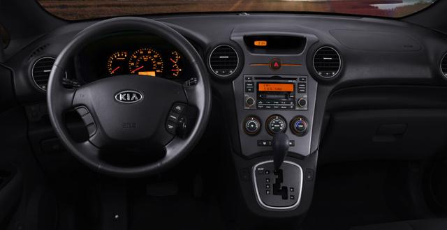2009 Kia Rondo, Interior Dash View, interior, manufacturer