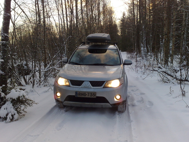 Picture of 2008 Mitsubishi Outlander XLS 4WD, exterior, gallery_worthy