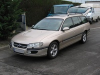 1992 Opel Omega Overview