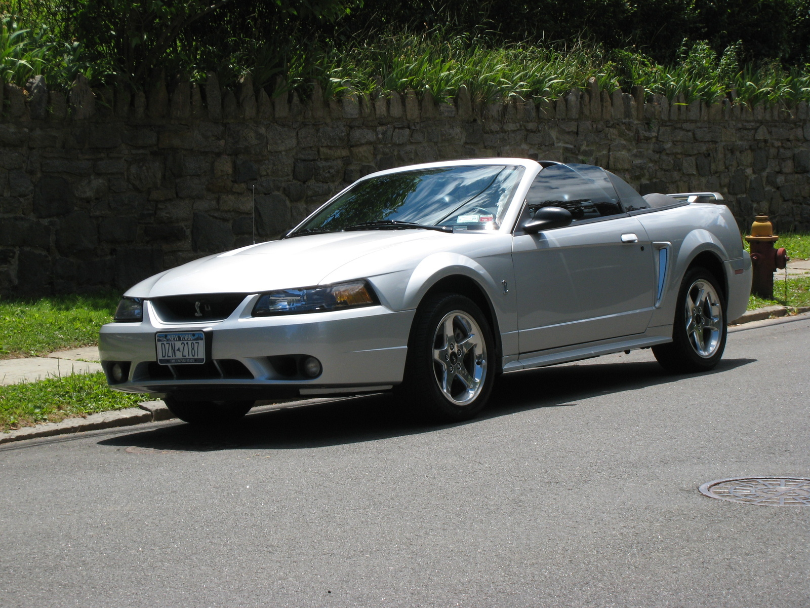 2001 ford svt mustang cobra wallpaper
