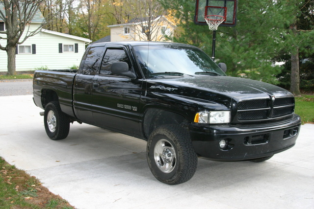 Dodge Ram Pickup Dr St Wd Extended Cab Sb Pic X on 1997 Dodge Ram Sst