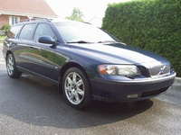2003 Volvo V70 Picture Gallery