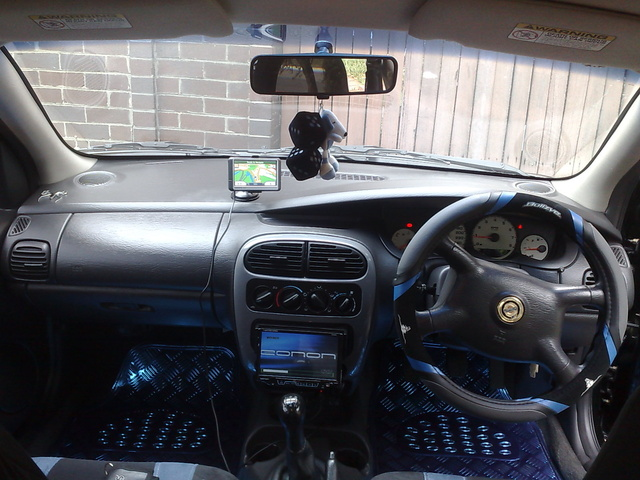 Picture of 2000 Chrysler Neon, interior