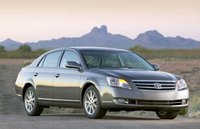 2006 Toyota Avalon Overview