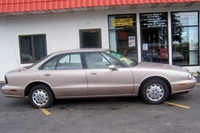 1999 Oldsmobile Eighty-Eight 4 Dr STD Sedan picture, exterior
