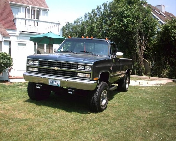 1985 Chevrolet C/K 10, My K10 sitting up on a hill in my front yard, exterior, gallery_worthy