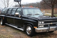 1982 Chevrolet Suburban Overview