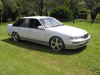 Picture of 1996 Holden Statesman, exterior