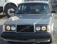 1976 Volvo 245 Overview
