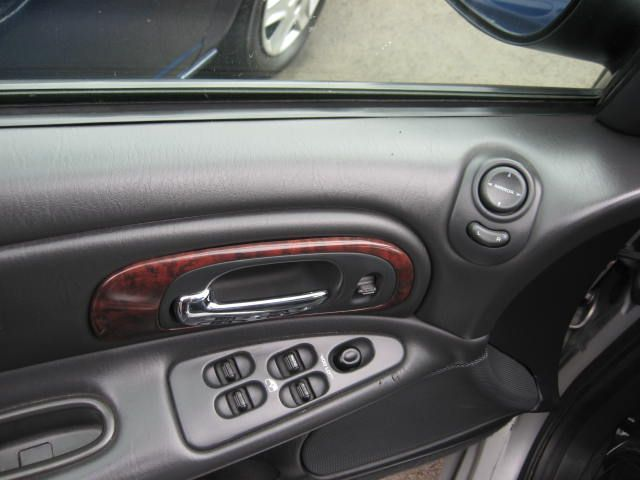2002 Chrysler Concorde LXi picture, interior