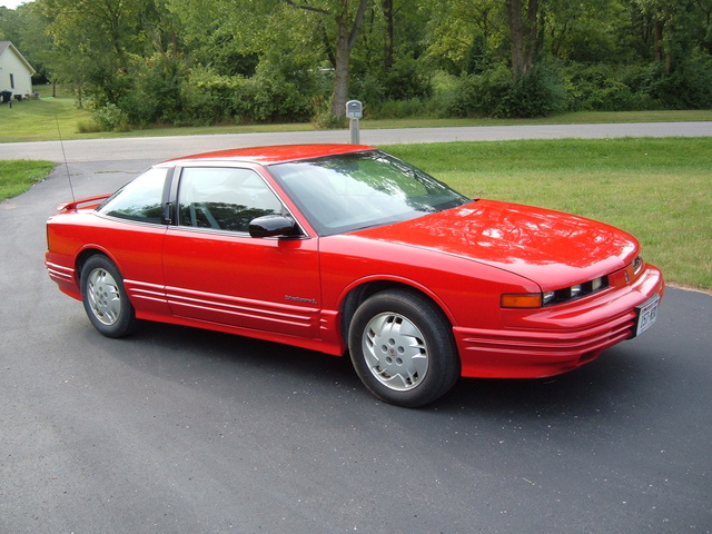 Picture of 1993 Oldsmobile Cutlass Supreme 2 Dr International Coupe