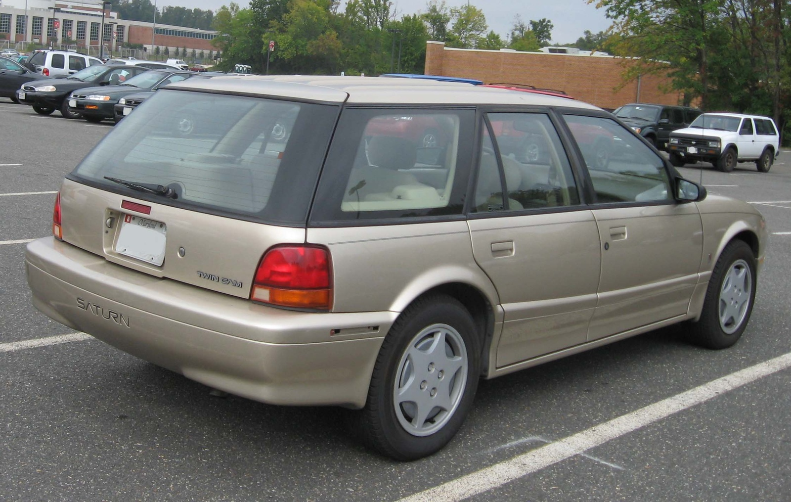 1994 Saturn S-Series 4 Dr SW2 Wagon picture