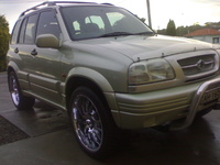 2000 Suzuki Grand Vitara Overview