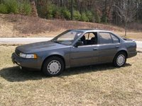 1992 Nissan Maxima Picture Gallery