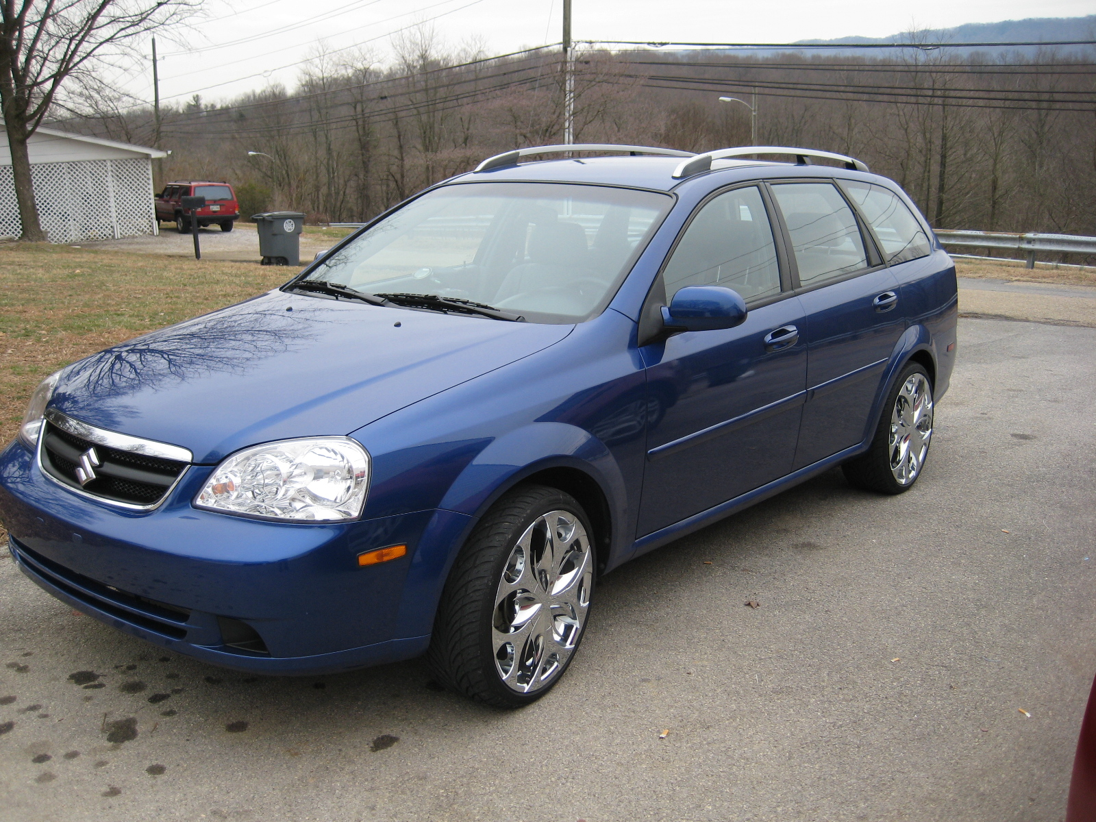 2007 Suzuki Forenza Popular Wagon picture