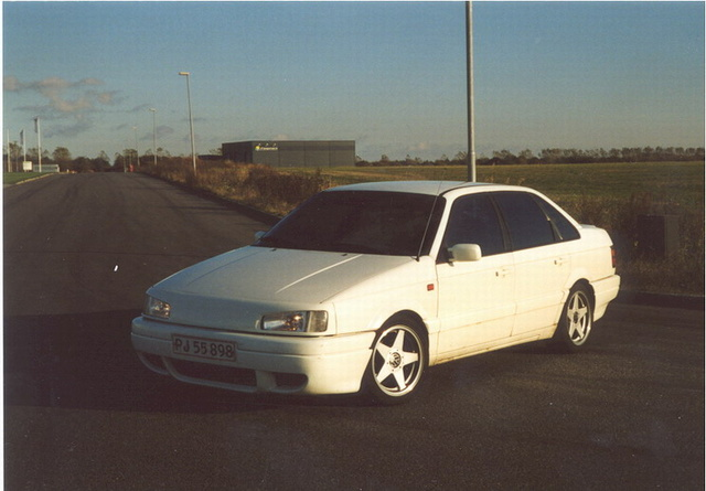Picture of 1990 Volkswagen Passat 4 Dr GL Sedan, exterior