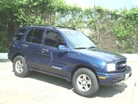 2003 Chevrolet Tracker Overview