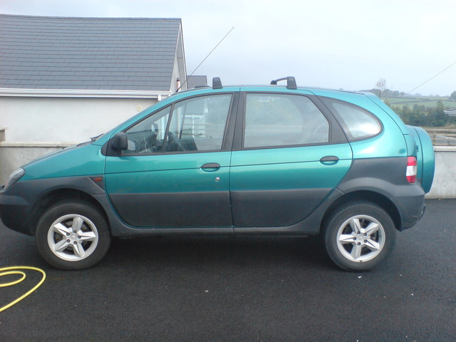 Picture of 2002 Renault Scenic, exterior