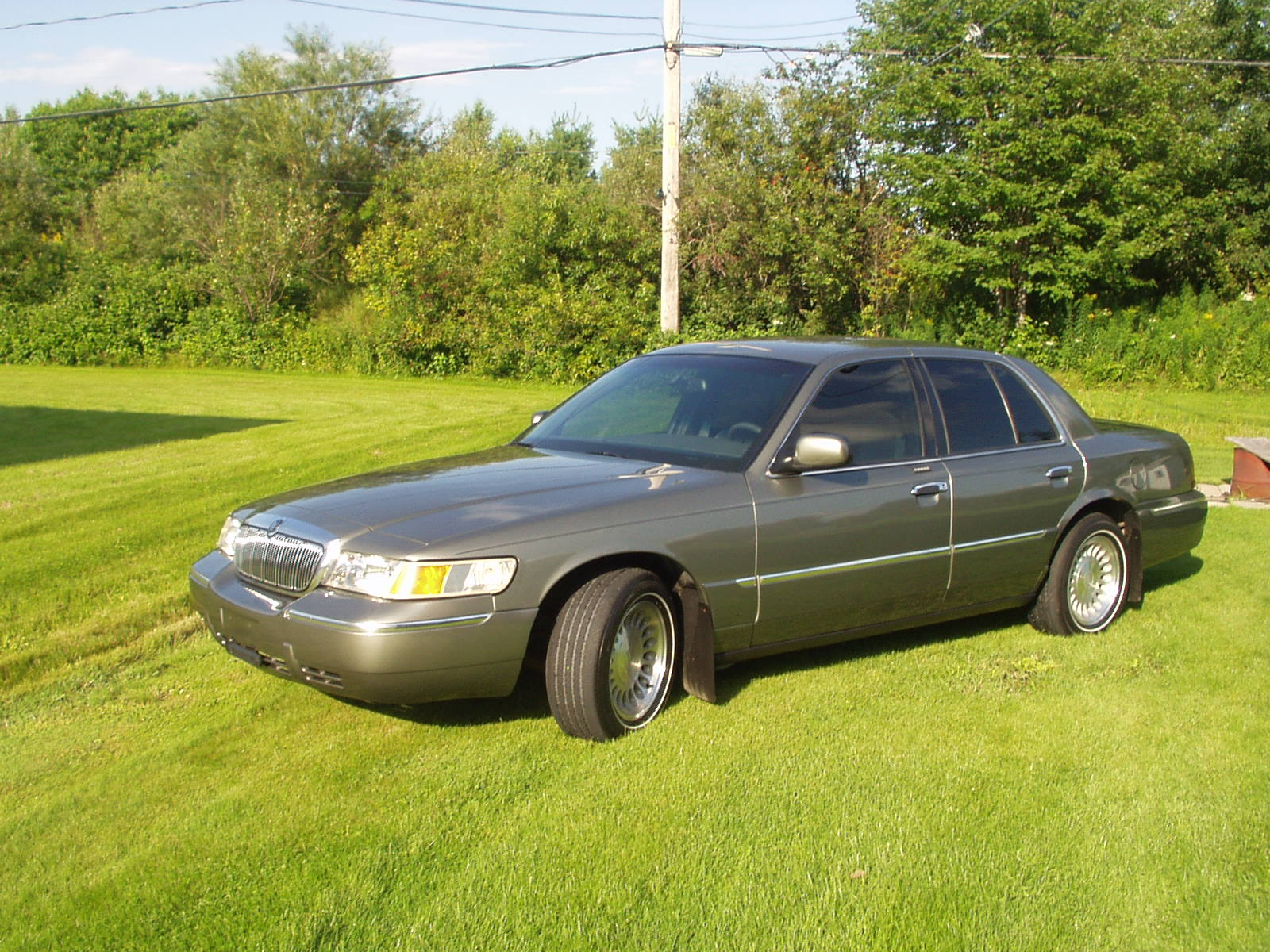 2001 Mercury Grand Marquis LS picture