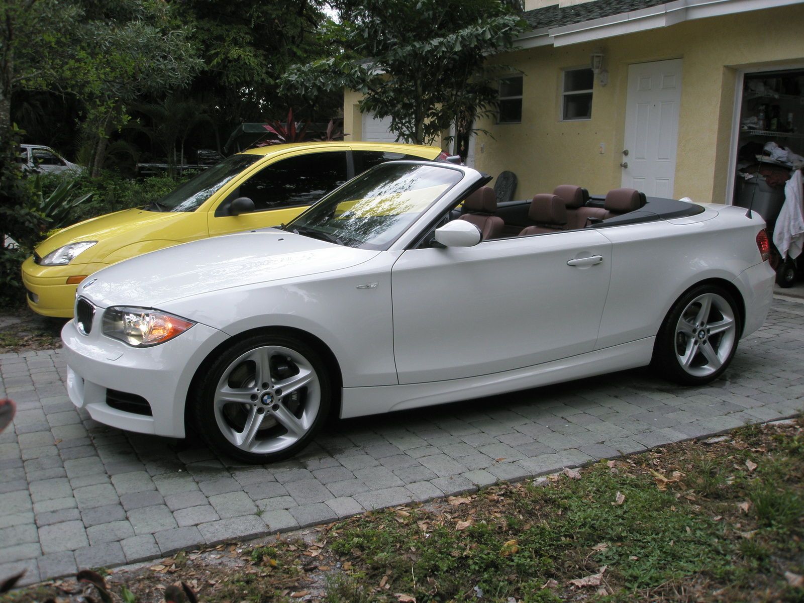 bmw 135i convertible. Black Bedroom Furniture Sets. Home Design Ideas