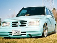 Picture of 1997 Geo Tracker, exterior