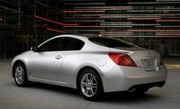 Picture of 2009 Nissan Altima Coupe, exterior, gallery_worthy