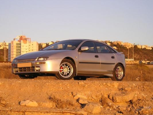Picture of 1998 Mazda Familia