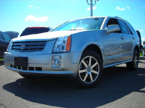 Cadillac Srx 2004. 2004 Cadillac SRX V8 picture,