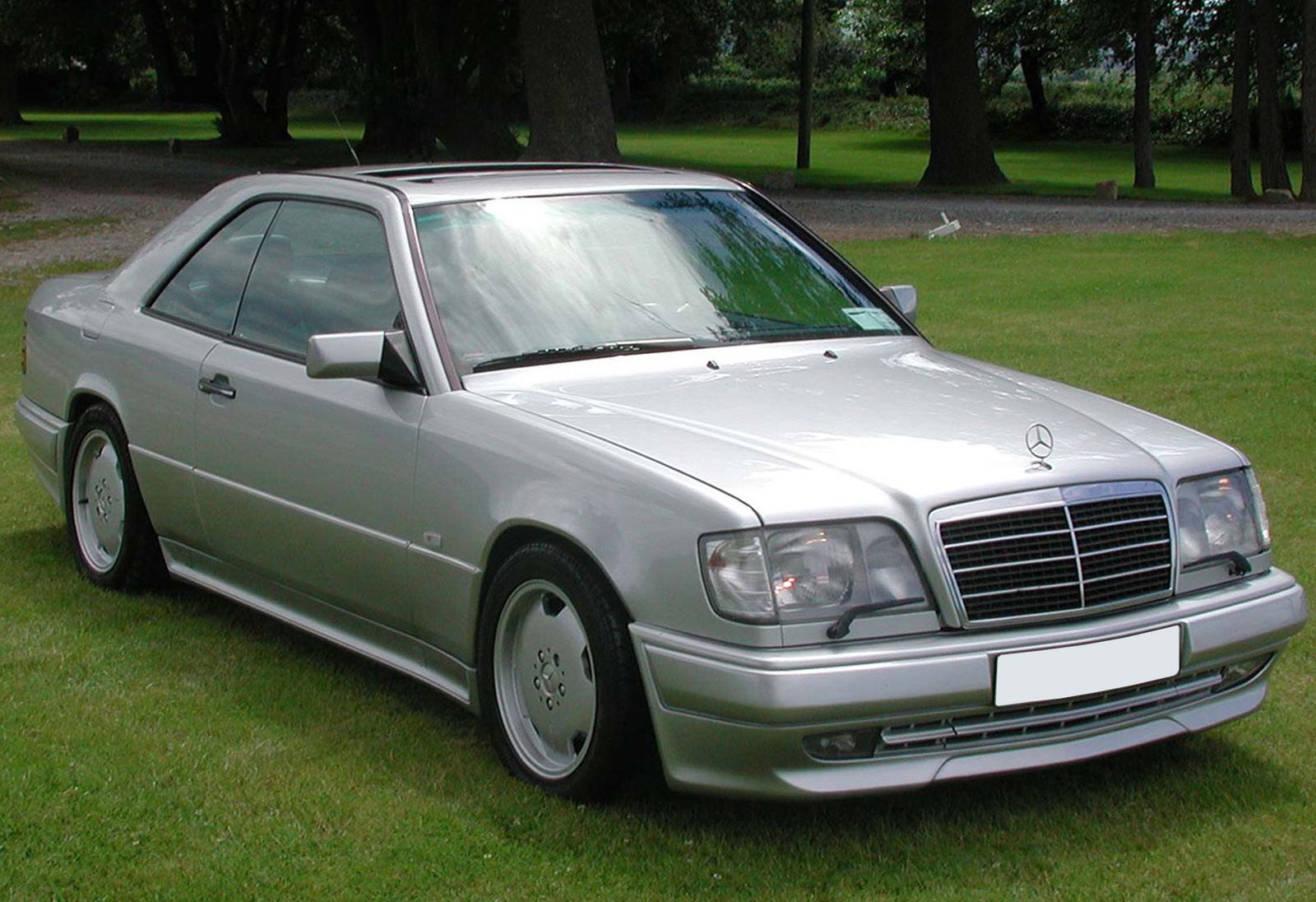 1994 mercedes benz e class pictures cargurus. Black Bedroom Furniture Sets. Home Design Ideas