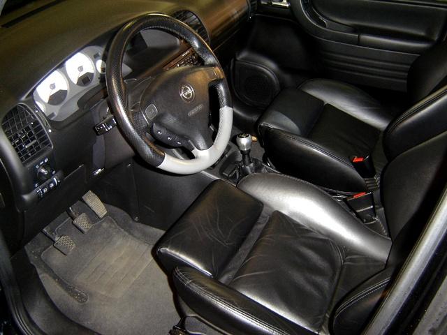 Opel zafira interior pictures