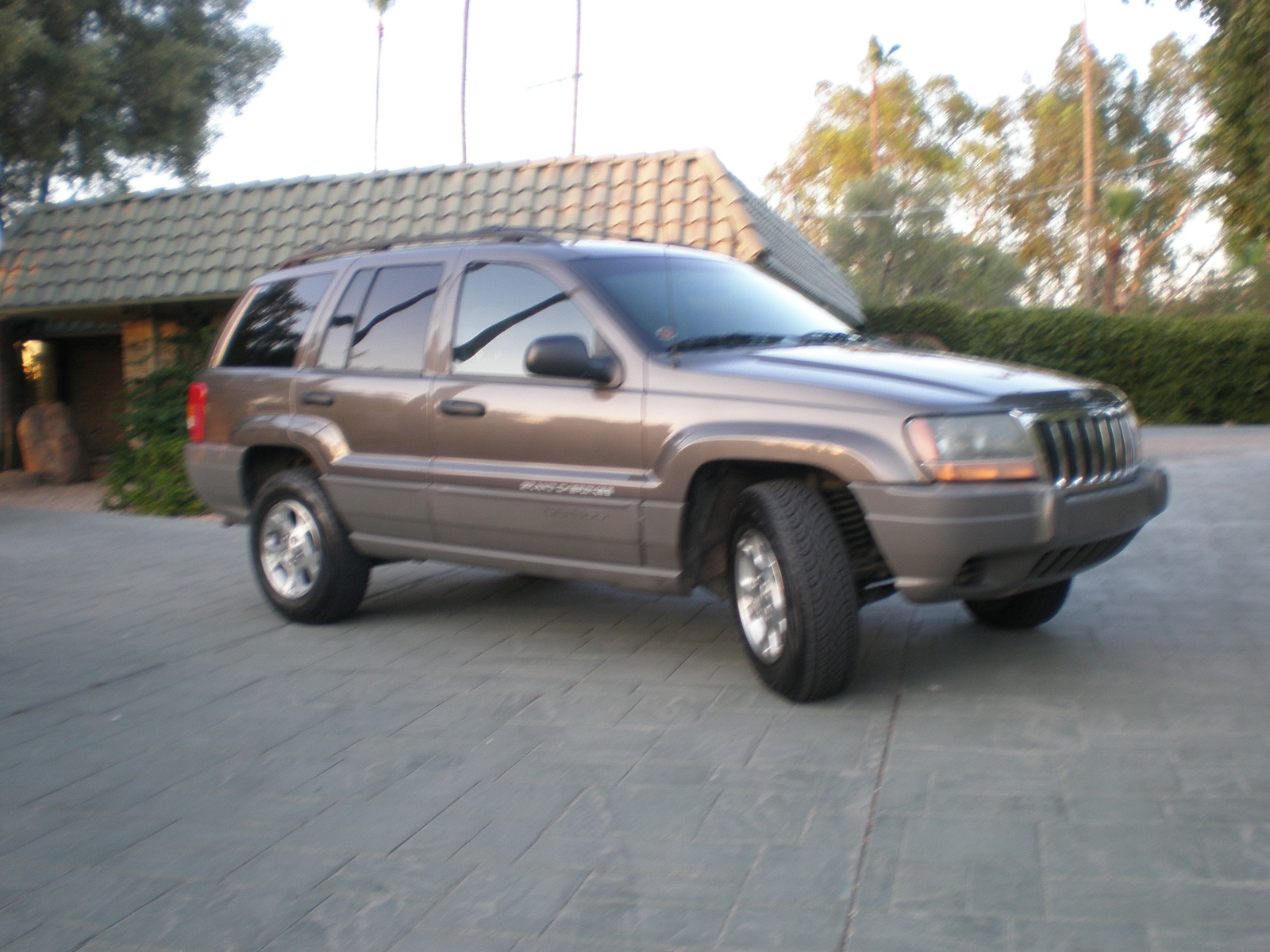 picture of 2000 jeep grand cherokee laredo exterior. Cars Review. Best American Auto & Cars Review