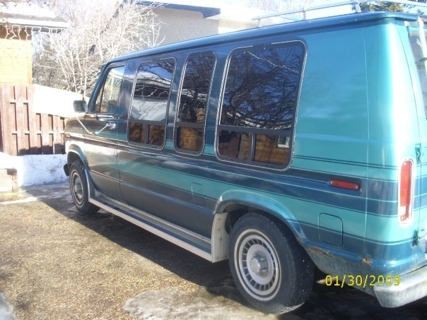 Picture of 1999 Ford Econoline Wagon