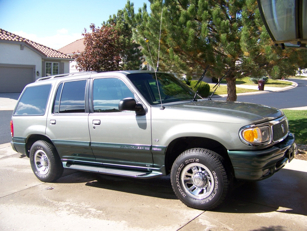 1999 Mercury Mountaineer 4 Dr STD AWD SUV picture
