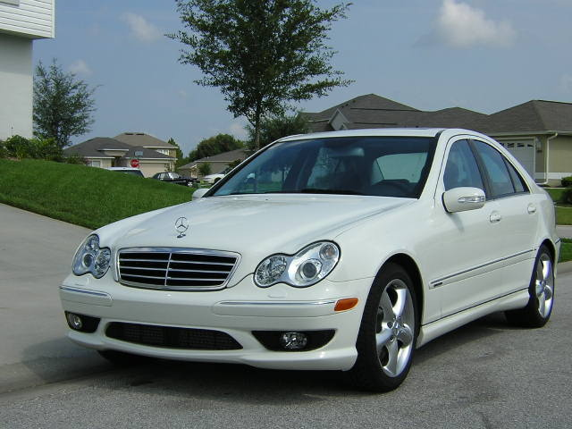 2005 mercedes benz c class pictures cargurus. Black Bedroom Furniture Sets. Home Design Ideas