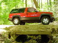 1994 Chevrolet Blazer 2 Dr Sport 4WD SUV picture, exterior