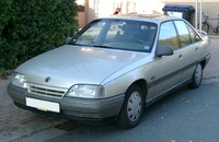 1989 Opel Omega Overview